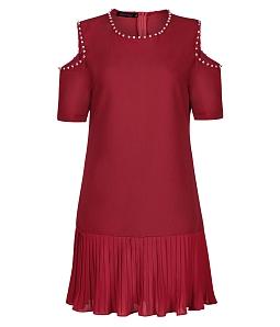 Đầm khoét vai đính hột thủ công