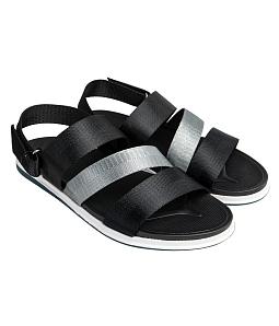 Giày sandal nam cá tính